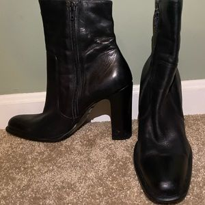 Everyday basic black boots